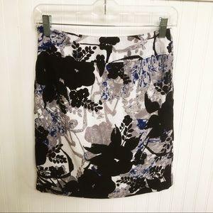 Ann Taylor Multi-Blue & White Skirt w/Pockets 00P